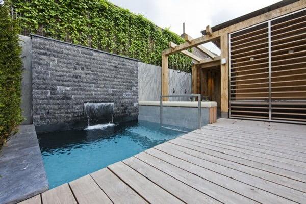 גינה עם עץ ואבן 4 - שילוב אבן ועץ - עיצוב גינות מודרניות