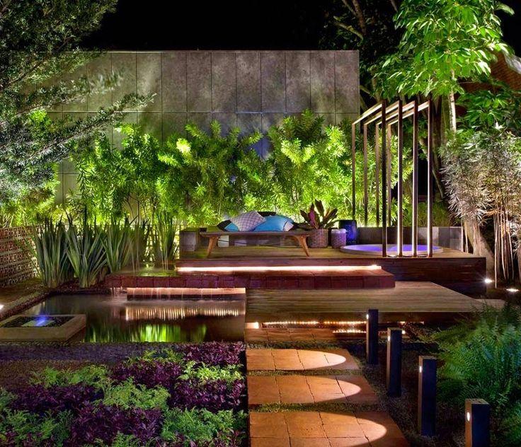אלמנטים מיוחדים בגינה שער - אלמנטים מיוחדים בגינה