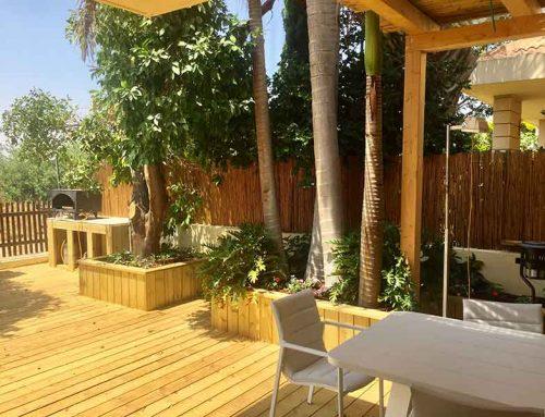 עבודות עץ בעיצוב הגינה