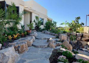 IMG 2735 300x214 - פרויקטים אחרונים - עיצוב גינות אמנות הגינה הקסומה