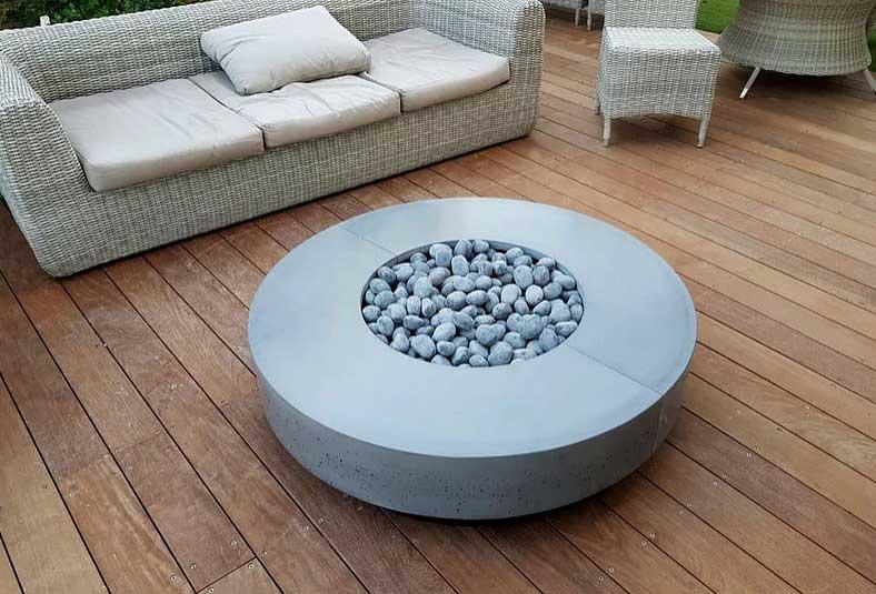 עץ גנץ - פייר פיט / Fire-Fit- שולחן אש מעוצב לגינה