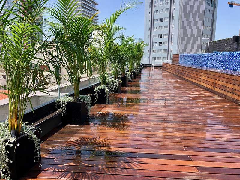 גינות גג עם דק 1 - עיצוב גינות גג