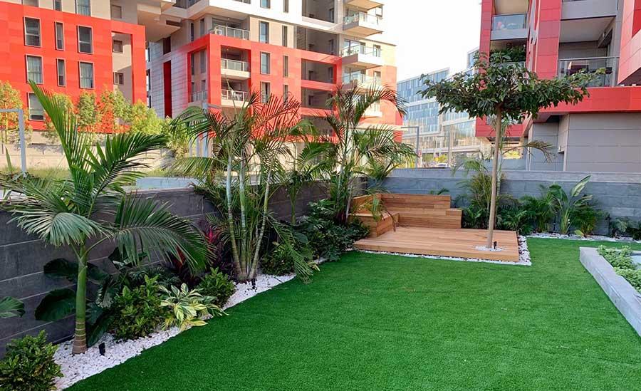 ללא דשא 4 - עיצוב גינה ללא דשא - תחזוקה קלה ומראה עשיר